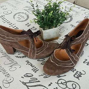 Earthies Sarenza Mary Jane Lace up heels sz 7.5